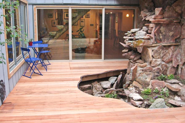 deck with organic curves