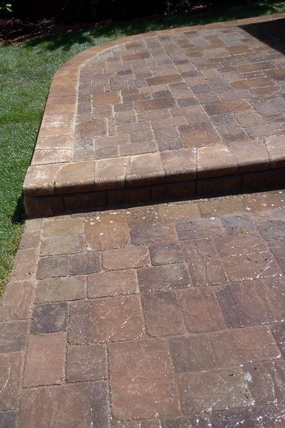 patio hardscaped with concrete pavers